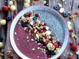 Smoothie Bowl aux fruits rouges et lait d'amande