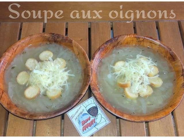 Recettes de soupe aux oignons - Soupe a oignon maison ...
